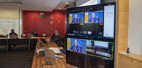Sala del Ple amb sistema audiovisual